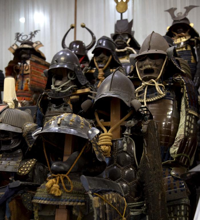 見る人を圧倒する甲冑軍団